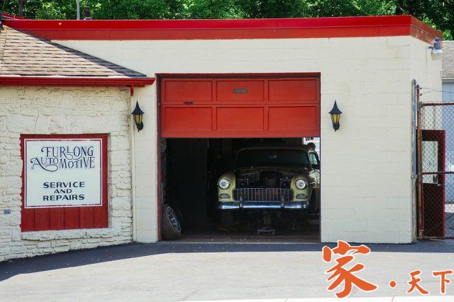 纽约车库门卷帘门维修专家 Peter,专修车库门、卷帘门、及商业玻璃铝合金门窗等。