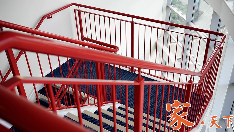 永信铁工专业从事铁铝加工、服务范围:工字梁结构工程;各种楼梯、栏杆围栏、铁门铁窗、防火梯、卷帘门、雨篷;批发、零售钢材及配件。